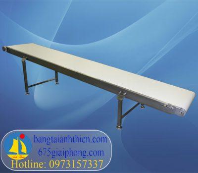 khung-bang-tai-pvc-10