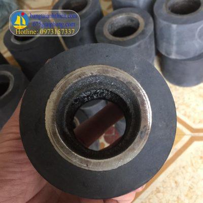 bọc bánh xe cao su (3)